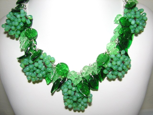 http://www.juliabristowjewelry.com/Grape%20Fruit%20Necklace%20JBD315.jpg